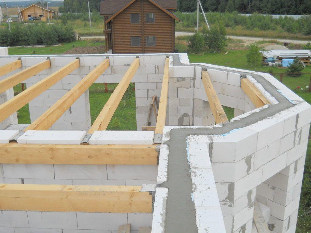 Вартість будівництва будинку з цегли та газоблоків у Львові